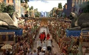 Ciro entra triunfante a Babilonia.