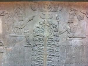 Arbolito de Navidad en Babilonia.