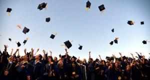 Graduación en la escuela del mundo.